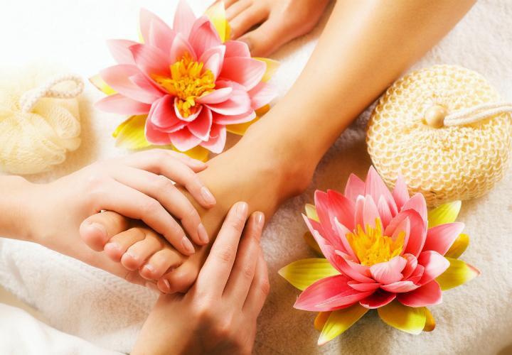 Il massaggio del piede(Padabyangam)